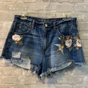 AEO Vintage High Rise Festival Shorts 10 embroider